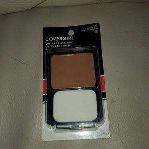 Cover girl 3 in 1 foundation: classic tan